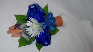wedding flowers corsage